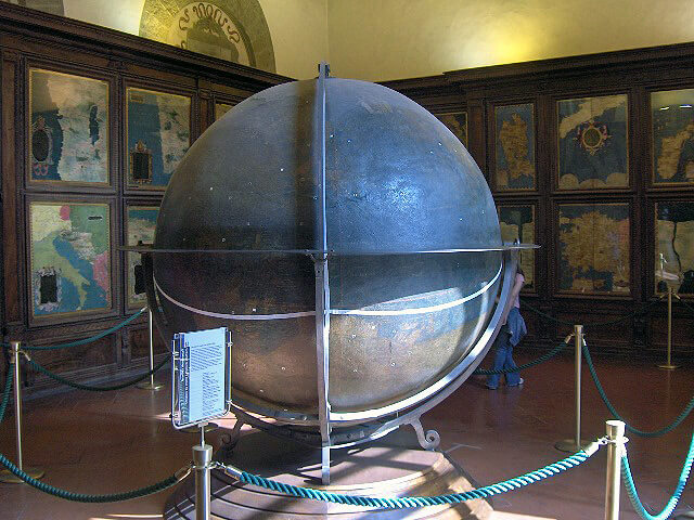 Hall of Geographical Maps in the Palazzo Vecchio with the large globe in the middle